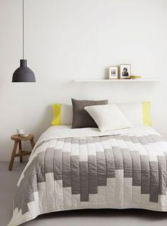 Slaapkamer volgens Scandinavisch interieurdesign.