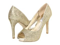 """rsvp Brenna"" - I love these! I wonder if they will go with my dress too...!"