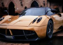 Pagani may not have the heritage of Ferrari or Lamborghini, but the Huayra cements its reputation as one of the greats. We went to Italy and took Pagani's latest out to experience a true hypercar. Read this post by Alex Goy on XCAR. via @CNET