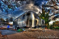 I want an Air Stream Caravan SO freakin' bad
