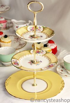 Stunning 3 tier cake stand / cupcake display: beautiful vintage Tuscan china topping off a classic Colclough plate. Tiered Cake Stands, 3 Tier Cake Stand, Tiered Stand, Cupcake Stands, Dessert Stand, Tiered Cakes, Vintage Dishes, Vintage China, Vintage Dishware