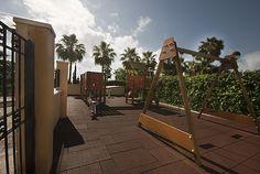 Marina d'Or Apartamentos - Parque infantil en cada edificio Fair Grounds, Fun, Travel, Children Playground, Vacations, Apartments, Parks, Buildings, Cities