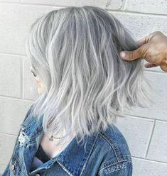 Choppy gray balayage bob grey brown hair, grey ombre hair, grey blonde, s. Grey Hair Wig, Grey Ombre Hair, Silver Grey Hair, Short Grey Hair, Silver Color, Brown Hair, Short Silver Hair, White Ombre, Grey White Hair