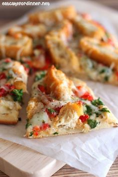 Eat Cake For Dinner: Crispy Chicken and Roasted Garlic Flatbread Pizza