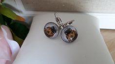 Boucles d'oreille  avec cabochon de verre : petit chien steampunk-12mm diamètre - métal argenté sans nickel-cadeau pour elle de la boutique Domidora sur Etsy