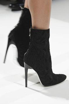 High heels woven black ankle boots! Balmain Spring 2013 -  Paris Fashion Week #PFW #Style