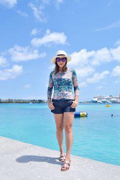 Dicas para arrumar a mala de viagem e inspiração de looks com paisagens lindas de Key West, Florida Keys, Caribe e Miami. Confira os detalhes no blog!