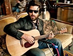 Bob Schneider is an Austin, Texas–based musician and artist. He currently resides in Bee Cave, Texas. Austin Music, I Love Beards, Texas Music, Bob, Dierks Bentley, Honky Tonk, My Beautiful Daughter, Piece Of Music, Rhythm And Blues