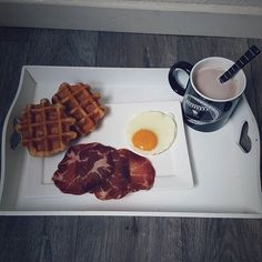 Morning breakfast 🌅 Belle journée @instagram 🌞 #instagram #instagramers #igers #igptg #igersfrance #fallig_ #fall #chill #breakfast #waffles #bacon #eggs #hotchocolate #chocolate #chilling #food #yummy #yum #foodporn #foodgasm #pornfood #love  Yummery - best recipes. Follow Us! #foodporn