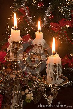 Velas / Dripping candles are always lovely. Noel Christmas, Christmas Candles, All Things Christmas, Winter Christmas, Vintage Christmas, Christmas Decorations, Xmas, Nordic Christmas, Modern Christmas
