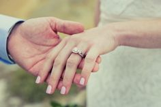 Vintage Engagement Ring http://hayleyannephotography.com/