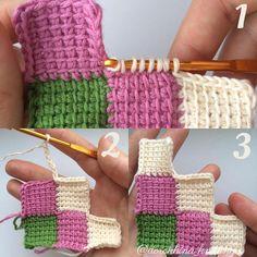 """48 Likes, 2 Comments - Катя (@dorokhina_knitting) on Instagram: """"Второй диагональный ряд состоит из трёх квадратов. Так же присоединяем новую нить и вяжем ряды (6)…"""""""