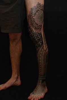 Gerhard Wiesbeck - Time Traveling Tattoo (Landshut, Germany).