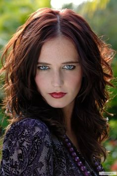 Eva Green is a French model and actress who starred in the Kingdom of Heaven. Eva Green was born on July Short Biography of Eva Green. Eva Green James Bond, Beautiful Eyes, Most Beautiful Women, Amazing Eyes, Beautiful Females, Actress Eva Green, Bond Girls, Redhead Girl, French Actress