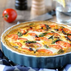 1 Quichevorm Ø ca. Quiche Lorraine Recipe, Cooking For Dummies, Real Food Recipes, Cooking Recipes, 15 Minute Meals, How To Cook Fish, Savoury Baking, Easy Healthy Breakfast, Fish Dishes