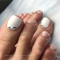 Wedding Nails-A Guide To The Perfect Manicure – NaiLovely Pedicure Nail Art, Manicure, French Pedicure, Pedicure Ideas, Pretty Toe Nails, Cute Toe Nails, Glam Nails, Toe Nail Color, Toe Nail Art