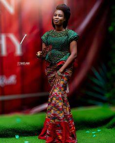 African Dresses For Women, African Attire, Kente Dress, Kente Styles, African Fashion, Fashion Women, Black Bride, Engagement Dresses, Traditional Wedding