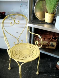 Antique french iron garden chair