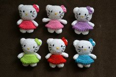 Hello Kitty's ~ If I could make my fingers make a dozen of these, I would be a hit with the grandgirls!