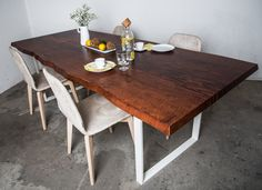 #preciouswood #lychee #designtable #edelholz #designtisch Wood Table Design, Design Tisch, Trends, Wood Species, Decoration, Natural Wood, Repurposed, Innovation, Dining Table