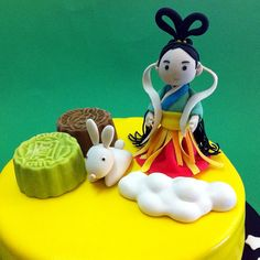 Fondant 3D Chinese Mid-Autumn Chang'e.  Online personalize your magical birthday cake to loved one & friend in Kuala Lumpur, Selangor, Johor, Penang, Malaysia. CakeDeliver.com