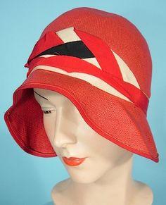 Art Deco - Red straw vintage cloche hat with ribbon Elsa Schiaparelli, Vintage Dresses, Vintage Outfits, Vintage Hats, Retro Fashion, Vintage Fashion, Women's Fashion, Art Deco, Art Nouveau