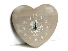 SHABBY CHIC WHITE WASH BRUSHED WOOD KITCHEN WALL CLOCK FARMOUSE HEART SHAPE
