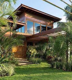Arquitetura e natureza em harmonia. Architecture and nature in harmony. Futuristic Architecture, Facade Architecture, Tropical Architecture, Tropical Houses, House In The Woods, Modern House Design, Home Fashion, My Dream Home, Exterior Design