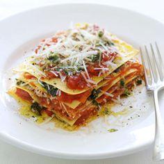 2 januari - hamsterweken: verse pasta's in de bonus - Recept - Open lasagne met pesto, pecorino en tomaat - Allerhande