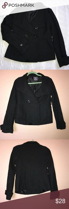  F21 double breasted pea coat Forever 21 double breasted pea coat/ size Med./ 2 front pockets/ double breasted/ missing waist belt, otherwise excellent condition Forever 21 Jackets & Coats Pea Coats