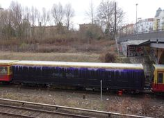 """S-Bahn Tribute Prince Graffiti Berlin Am 21. April 2016 ist sexy Motherfucker """"Prince"""" von uns gegangen. Das Graffiti-Kollektiv GHS hat der amerikanischen Musiklegende mit der Purple Rain-Train ein temporäres Denkmal gesetzt. - See more at: http://www.notesofberlin.com/page/6#sthash.EJNafW0V.dpuf"""