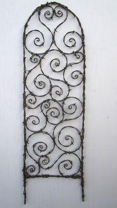 Espirales de alambre de púas al azar enrejado por thedustyraven                                                                                                                                                                                 Más