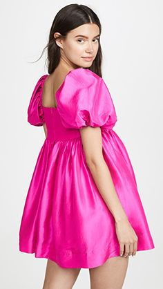 Neon, short length, puffed sleeves = everything I love Girly Outfits, Dress Outfits, Casual Dresses, Summer Dresses, Long Sleeve Short Dress, Mini Dress With Sleeves, Taffeta Dress, Dress Cuts, V Neck Dress