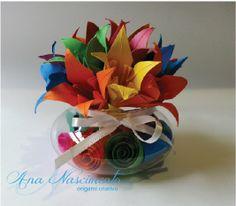Arranjo com lírios de origami para centro de mesa!!