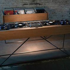 Console Furniture, Studio Furniture, Recording Studio Home, Home Studio Music, Dj Stand, Dj Table, Dj Decks, Vynil, Dj Setup