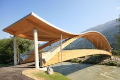 Curved glulam timber beam HASSLACHER NORICA TIMBER I've never seen a bridge like this before! stylish!