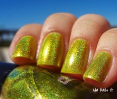 Ida Nails It: Jade Holografico Thursday