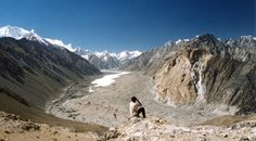 Pakistan is the beautiful part of South Asia – blessed with ample herbal and historical riches, however plagued by way of political instability,  http://theadventure.pk/