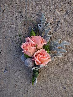 Dusty Miller, Sweet Majolica Spray Roses, Brunia, Beargrass, Dusty Miller