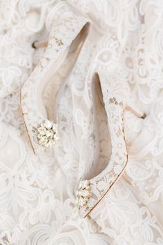 Lace pointed toe embellished Dolce & Gabbana pumps: http://www.stylemepretty.com/little-black-book-blog/2016/11/10/yellow-fall-wedding-inspiration-shoot/ Photography: Tamara Gruner - http://tamaragruner.com/