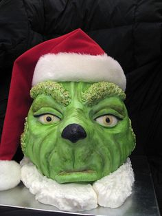 you're a mean one, mr. grinch Cake ~ awesome!