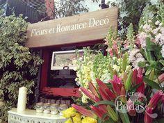 ¿Qué tal una tienda o mercado de flores en tu boda?. Jerez de Bodas lo hace realidad.