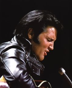 Elvis sit down shows