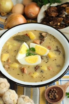 Zalewajka Kitchen Recipes, Soup Recipes, Dinner Recipes, Cooking Recipes, Healthy Dishes, Healthy Recipes, Polish Soup, Good Food, Yummy Food