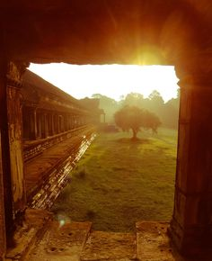 Photo Angkor vat 2 / Cambodia par Fabien  Chevallier  on 500px