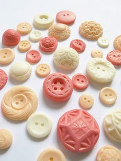 25 Edible Chocolate Buttons Peachy Keen by TheFrostedPetticoat, $12.50