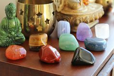 Crystals For The Chakras: Learn how to use these crystals to cleanse and balance your chakras in minutes #crystalhealing #chakras