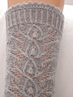 Beautiful hand knitting German lace sock pattern from ravelry. Leaflace pattern by Stephanie van der Linden. Lace Socks, Crochet Socks, Knit Or Crochet, Lace Knitting, Knitting Socks, Knitting Stitches, Knit Socks, Finger Knitting, Crochet Granny