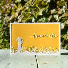 Een echt zonnig kaartje is dit lieve kaartje voor Annemijn. Mooi detail is dat het meisje een paardenbloem uitblaast waardoor de pluisjes dwarrelen.