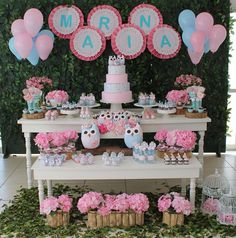 baby shower ideas for girls and boys. Baby shower decorations and baby shower decor Baby Shower Centerpieces, Baby Shower Favors, Baby Shower Cakes, Baby Shower Parties, Baby Shower Decorations, Baby Shower Invitations, Owl Themed Parties, Owl Birthday Parties, Baby Shower Garland